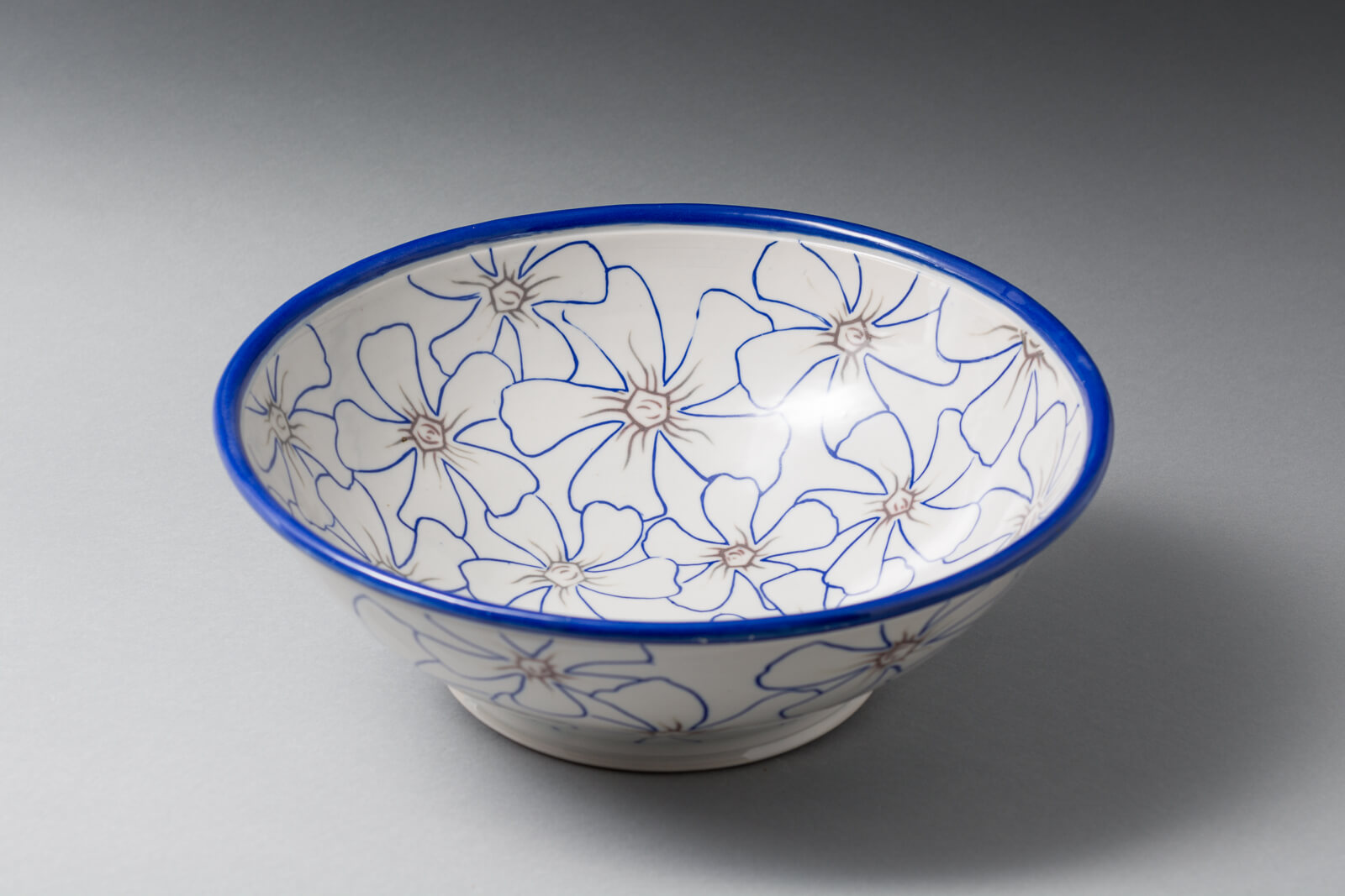 Vinca Bowl, porcelain with mishima