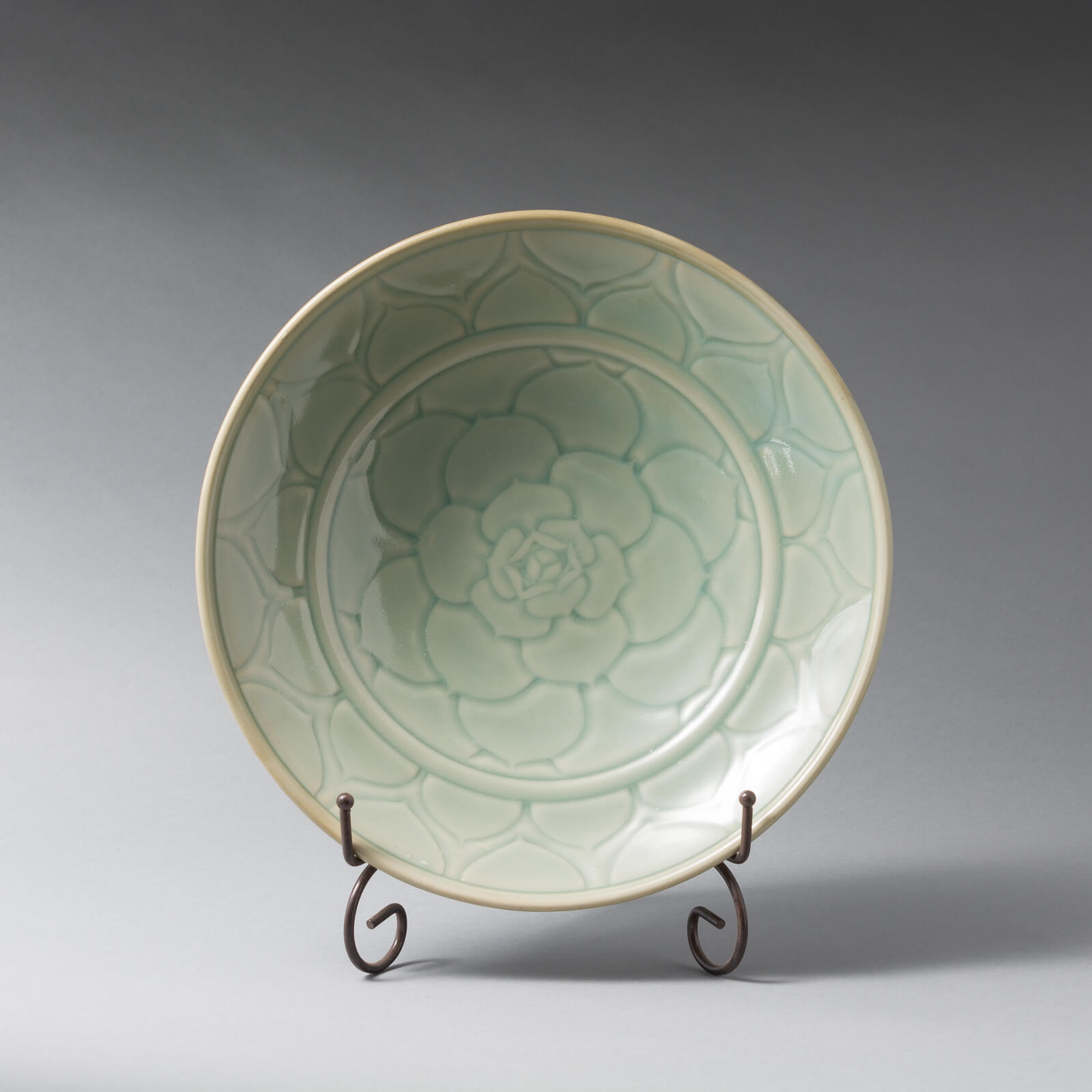 Echeveria Plate, carved Porcelain